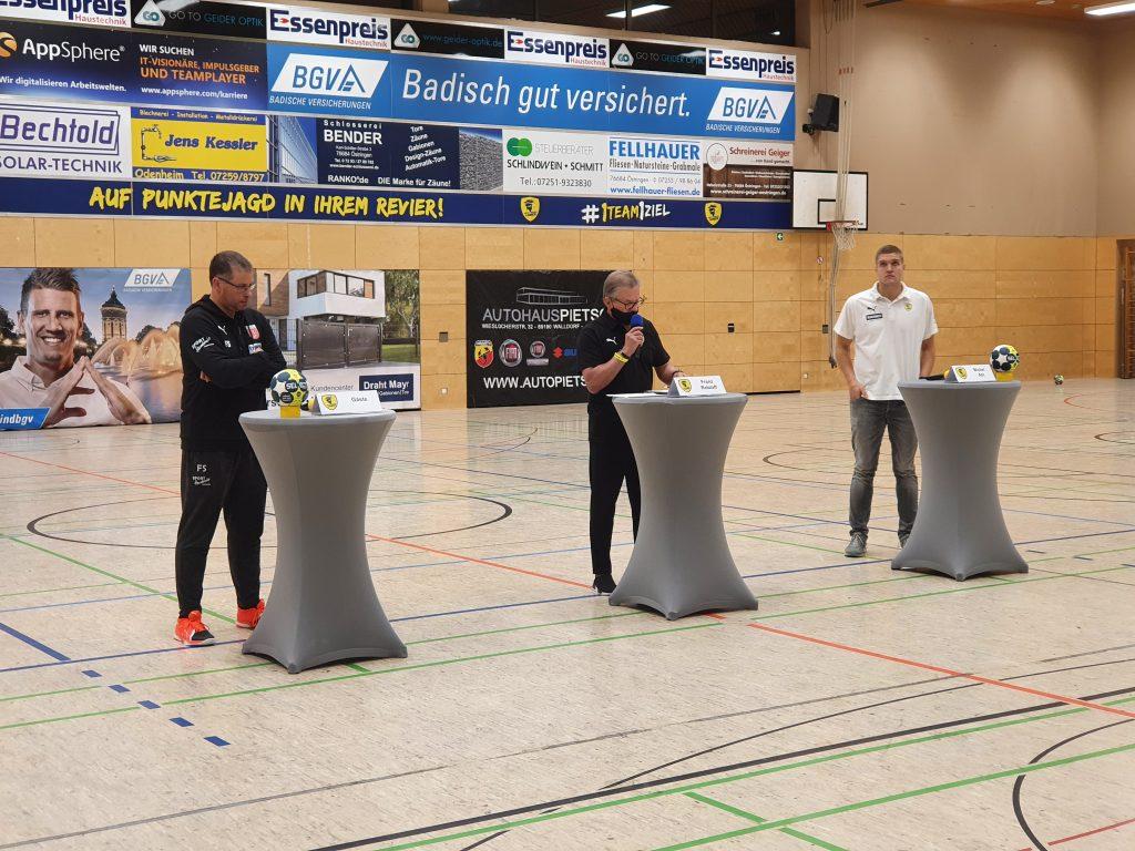Trainergespräch nach dem Spiel der Rhein-Neckar Löwen II gegen die SG Leutershausen.